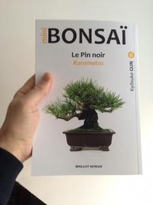 kuromatsu en mini-bonsai livre de Kyosuke Gun